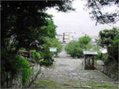 わらべうた「通りゃんせ」の歌詞が生まれた場所は川越市の三芳神社への細道か?